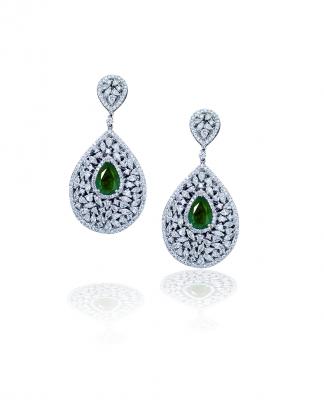 Gorgeous Green Emerald earrings